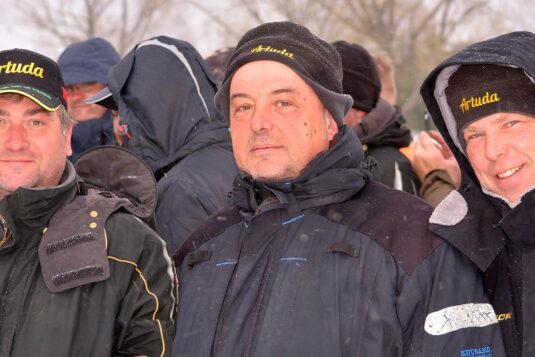 Шапка для зимней рыбалки Артуда Динамик
