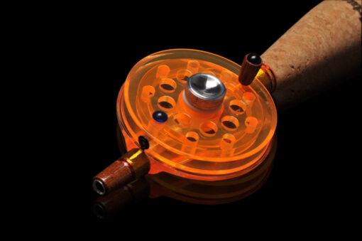 Зимняя удочка ручной работы подходит для ловли окуня, подлещика, плотвы и другой «белой» рыбы с поплавком или кивком